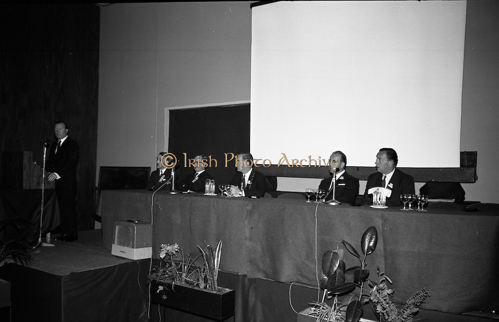 Mr. Charlie Haughey T.D., Minister for Agriculture, opens the 5th Annual Congress of the British Equine Veterinary Association at the Intercontintenal Hotel.<br /> 25.10.1966