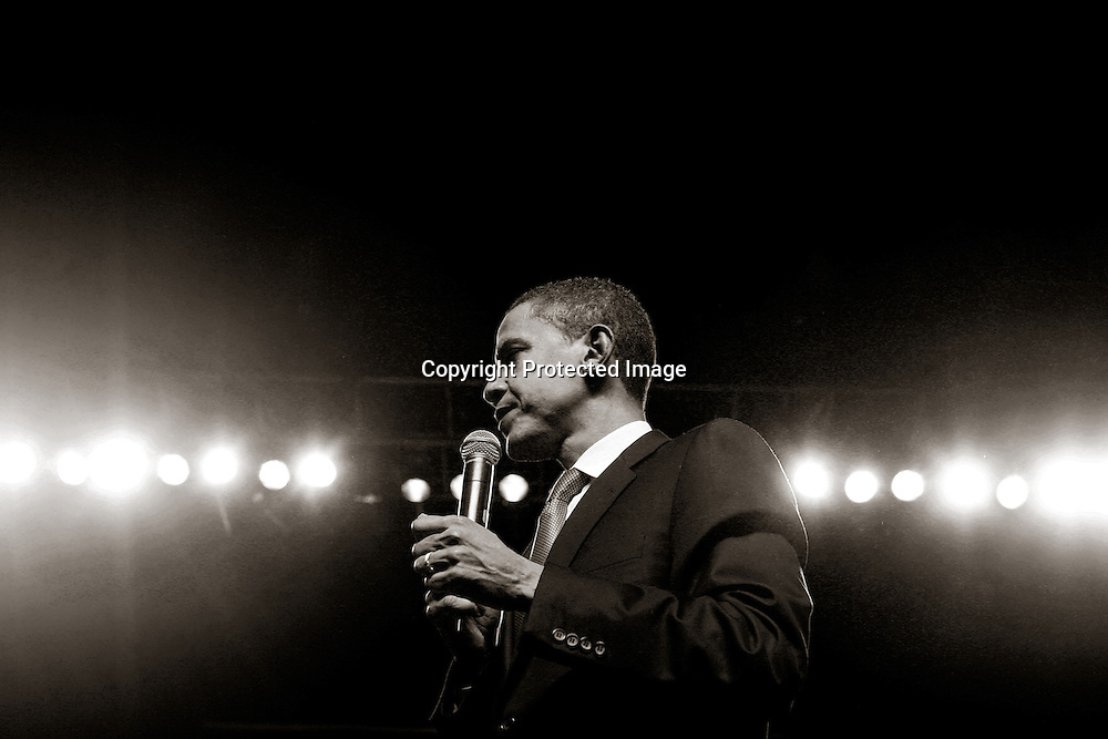 Presidential candidate U.S. Senator Barack Obama(D-IL) speaks at a fundraising rally at Boston University in Boston, Massachusetts,  April 20, 2007.