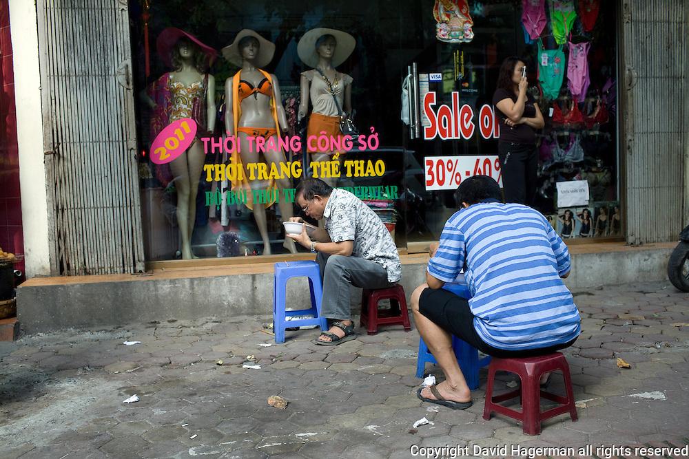 curbside dining, hanoi, vietnam