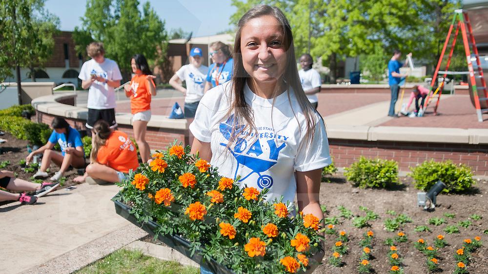 University Day, students, spring, campus, Photo Patrick Sweeney