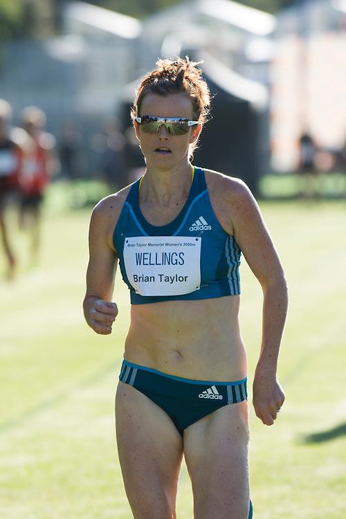 Eloise Wellings, Australia  winning the Women's 3000  Metre race at the International Track Meet,Christ's College,  Christchurch , New Zealand, Saturday, 22 February, 2014.  <br /> Credit:SNPA / David Alexander