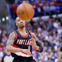 02-12 TRAIL BLAZERS AT CLIPPERS
