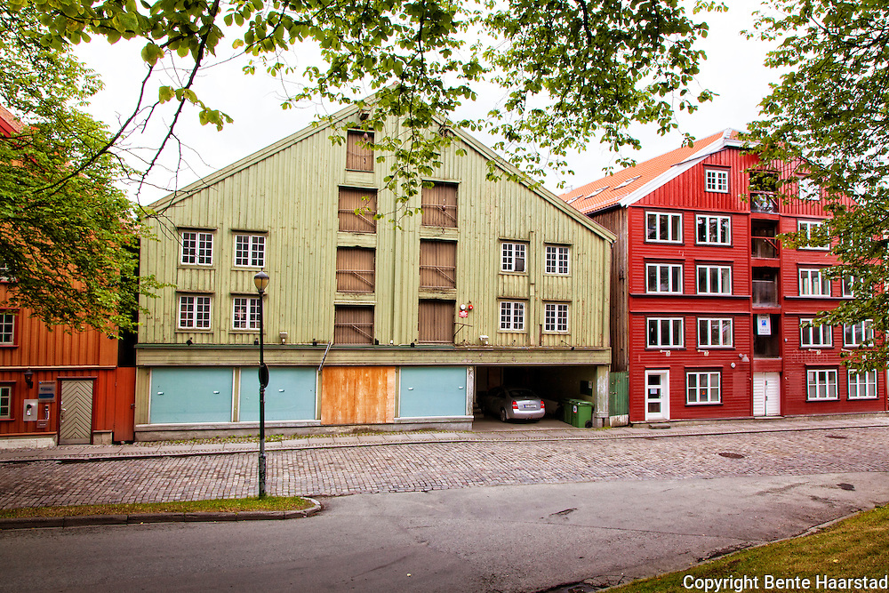 Bryggerekka i Trondheim, Kjøpmannsgata, langs Nidelven,