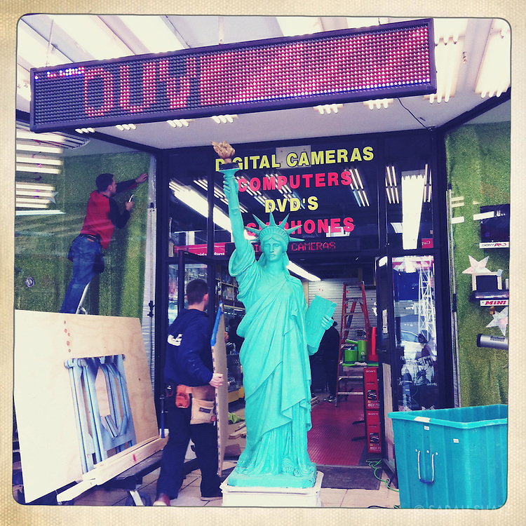 Statue of Liberty, Times Square