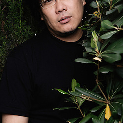 """Bong Joon-Ho, presenting his movie """"Mother"""" at the 62th Cannes Film Festival (Un Certain Regard). France. 17 May 2009. Photo: Antoine Doyen"""