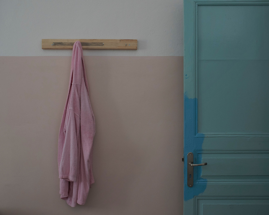 A child's bathrobe hanging on a wall at Villa Artemis, a shelter for 30 refugee women and their children in the grounds of Leros Hospital. <br />