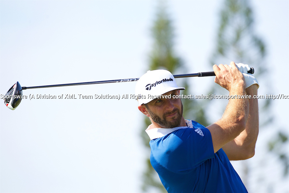 January 08 2016: Dustin Johnson tees off on number nine during the Second Round of the Hyundai Tournament of Champions at Kapalua Plantation Course on Maui, HI. (Photo by Aric Becker/Icon Sportswire)
