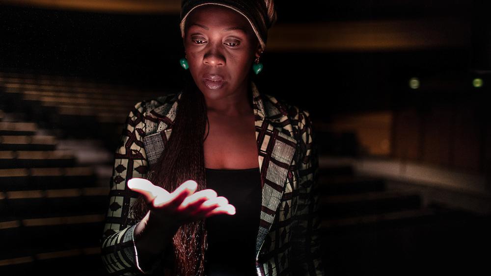 Gisèle Kayembe, Actrice et directrice de la programation du festival « Vue d'afrique », Montréal.