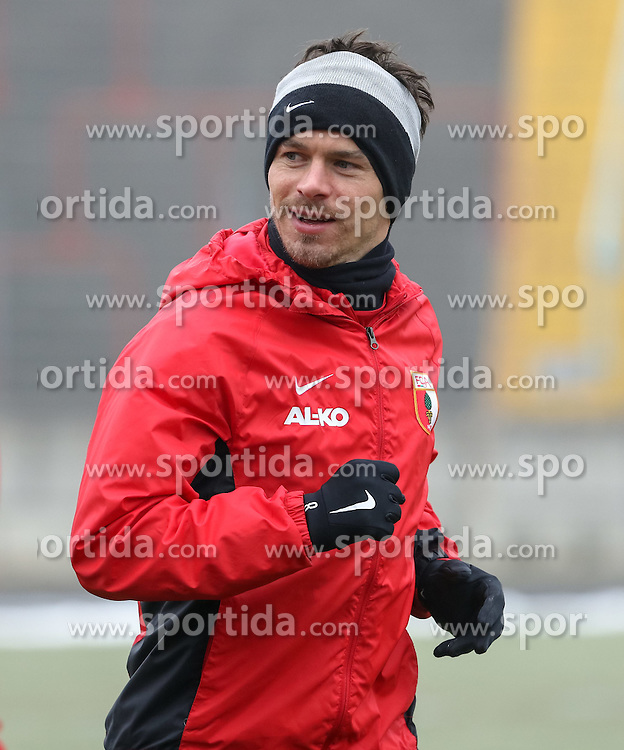 17.02.2015, Trainingsgel&auml;nde, Augsburg, GER, 1. FBL, FC Augsburg, Training, im Bild Markus Feulner (FC Augsburg #8), gut gelaunt, // during a trainingssession of the german 1st bundesliga club FC Augsburg at the Trainingsgel&auml;nde in Augsburg, Germany on 2015/02/17. EXPA Pictures &copy; 2015, PhotoCredit: EXPA/ Eibner-Pressefoto/ Krieger<br /> <br /> *****ATTENTION - OUT of GER*****