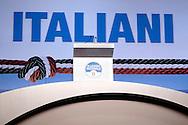 ROMA. PODIO VUOTO ALL'ASSEMBLEA DEL PARTITO DI ALLEANZA NAZIONALE
