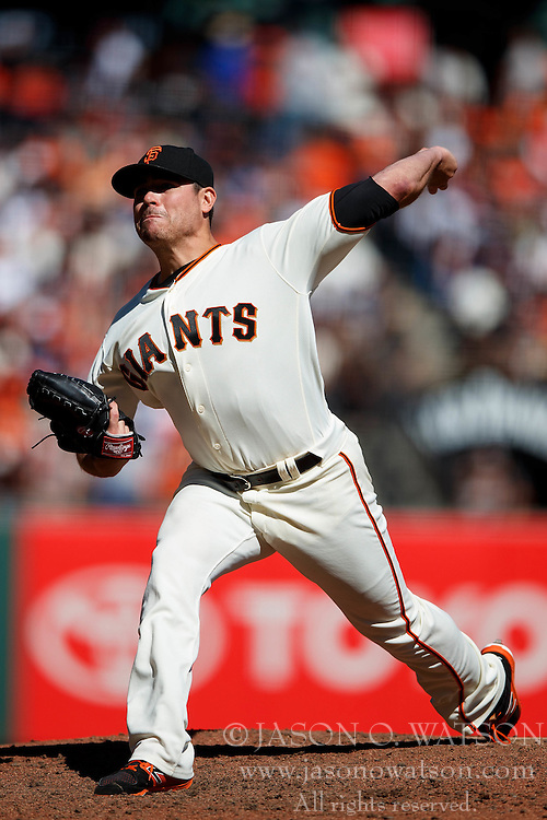 SAN FRANCISCO, CA - OCTOBER 02: Matt Moore #45 of the San Francisco Giants pitches against the Los Angeles Dodgers during the seventh inning at AT&T Park on October 2, 2016 in San Francisco, California. The San Francisco Giants defeated the Los Angeles Dodgers 7-1. (Photo by Jason O. Watson/Getty Images) *** Local Caption *** Matt Moore