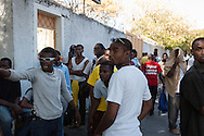Faced with an imminent assault by the Haitian National Police, protesters discuss among themselves during a demonstration against the high cost of living in Haiti. Port-au-Prince, February 2, 2008.