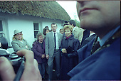 1989 - Mrs Raisa Gorbachev Visits Bunratty Folk Park.   (R99).