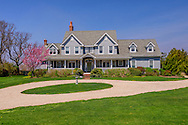 8871 Oregon Rd, Cutchogue, NY