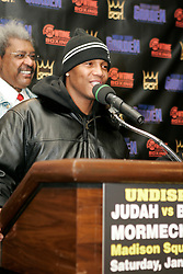 Undisputed Welterweight Champion Zab Judah speaks during the press conference announcing his January 7, 2006 against Carlos Baldomir.  The two will meet at the Theater at Madison Square Garden.