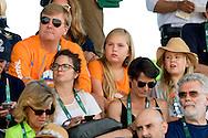RIO DE JANEIRO - Koning Willem Alexander , koningin Maxima prinses Alexia en Ariane  tijdens de tweede ronde van de finale springen in het Olympic Equestrian Center tijdens de Olympische Spelen van Rio.  ROBIN UTRECHT <br /> queen Silvia , koningin zweden silvia ,koning carl gustav fotomaken telefoon , princess estelle , prinses