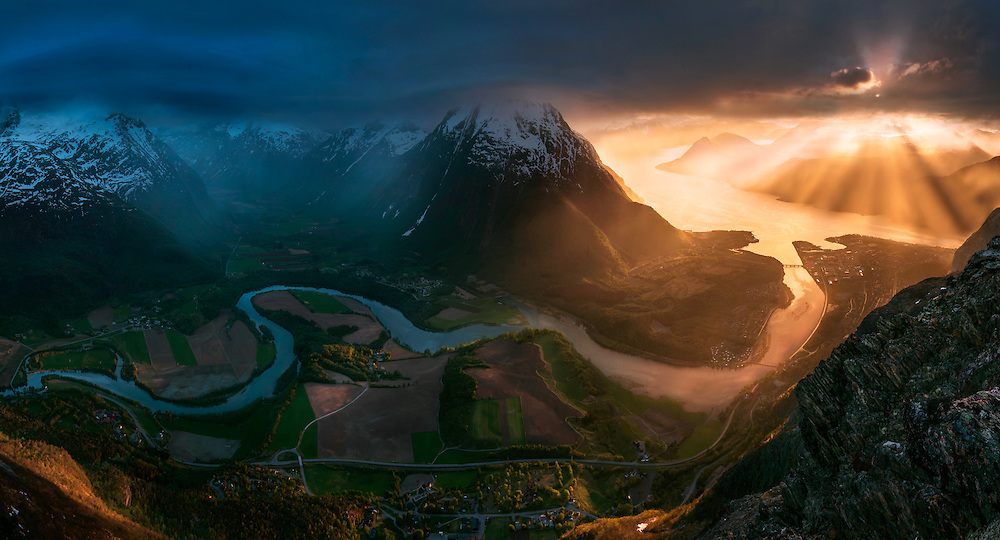 Romsdal, rauma, river, max rive, sunset, dramatic, mountains, photography, andalsness, norway