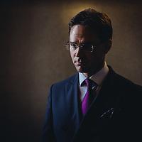 HSPO 20140610 Pääministeri Jyrki Katainen kuvattu eduskunnassa läksiäishaastattelua varten. Kuva: Benjamin Suomela/HS