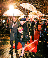 AMSTERDAM - Princess Beatrix opens the Amsterdam Light Festival at the Stopera in Amsterdam. While seeing the light festival are several sculptures, projections and installations by contemporary artists. COPYRIGHT ROBIN UTRECHT<br /> AMSTERDAM - Prinses Beatrix opent het Amsterdam Light Festival bij de Stopera in Amsterdam. Tijdens het lichtfestival zijn verschillende sculpturen, projecties en installaties van hedendaagse kunstenaars te zien. COPYRIGHT ROBIN UTRECHT