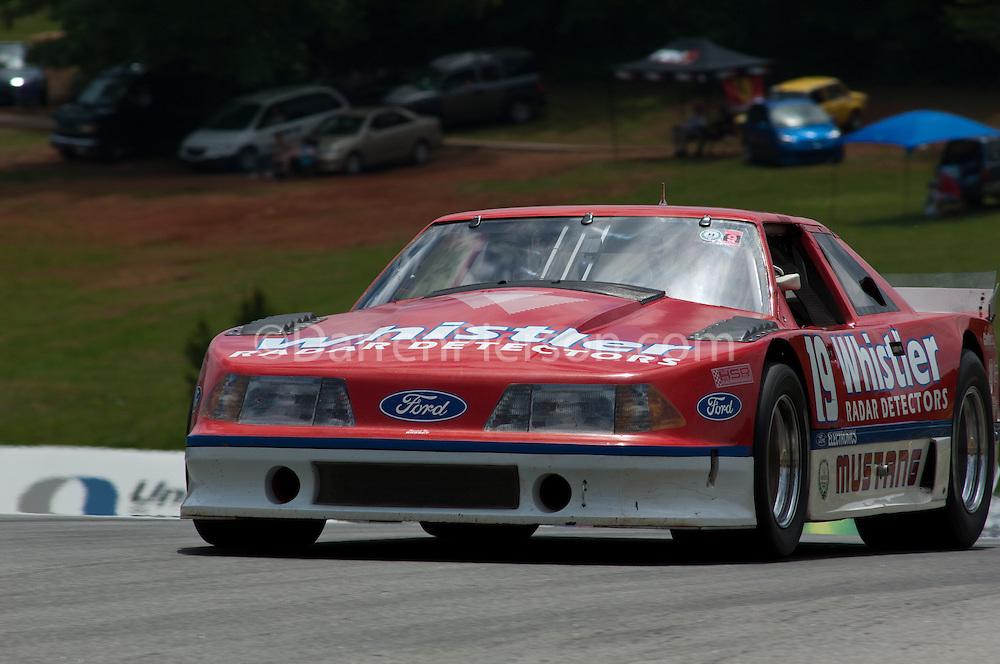 #19 '89 Mustang: Dick Howe