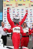 Sam Hornish Jr. wins at the Phoenix International Raceway, XM Satellite Radio Indy 200, March 19, 2005