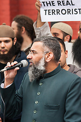 """London, April 4th 2014. Anjem Choudary's Need For Khilafah group demonstrate near the Lebanese embassy against what they say is """"the entire Muslim community being put under siege in North Lebanon"""". Pictured: Anjem Choudary."""
