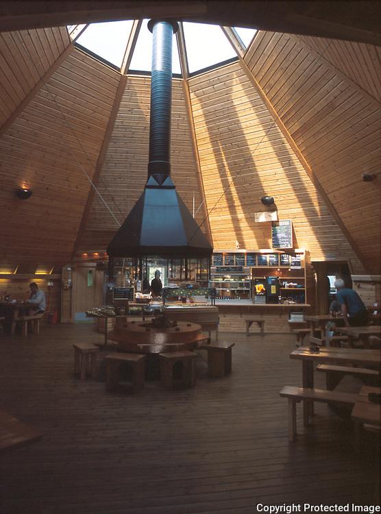 cafe-kåte, Tärna Vilt utenfor Tärnaby, Västerbotten..provia 100 f