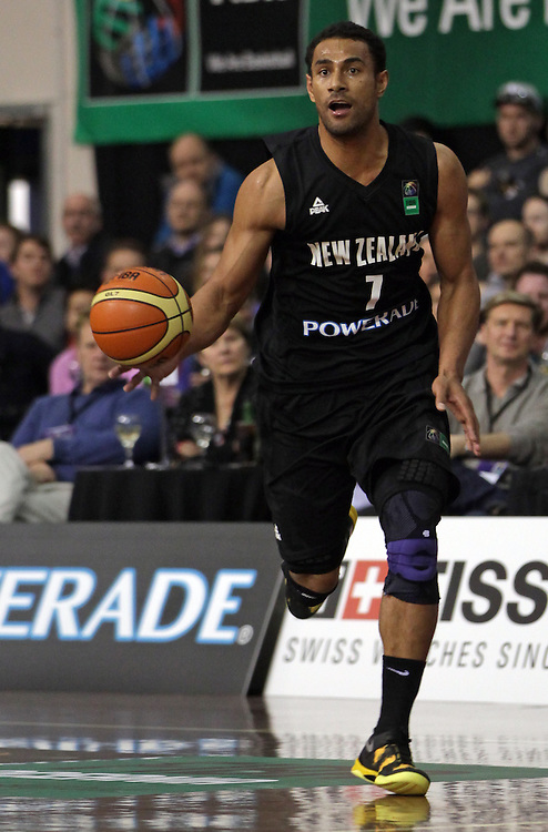 New Zealand's Mika Vukona in action against Australia in the 2013 FIBA Oceania Championship basketball match, North Shore Events Centre, Auckland, New Zealand, Wednesday, August 14, 2013.  Credit:SNPA / David Rowland