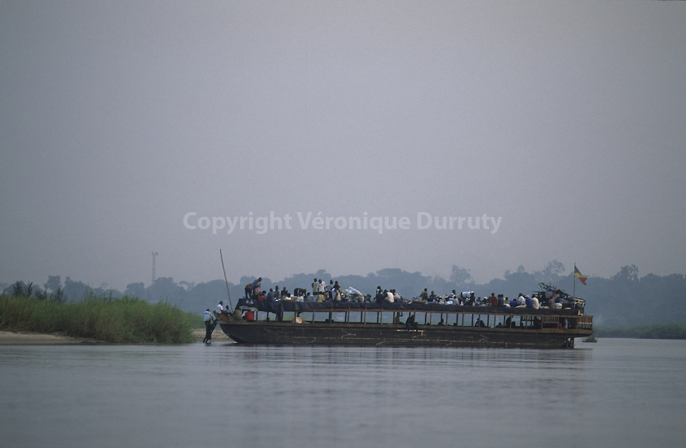 PUBLIC TRANSPORT, CONGO RIVER, CONGO