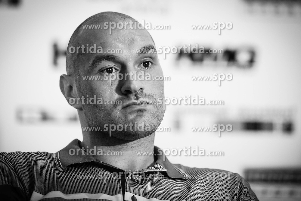 21.07.2015, Esprit Arena, D&uuml;sseldorf, GER, WBA Boxkampf, Wladimir Klitschko vs Tyson Fury, im Bild Tyson Fury // during a pressconference of the WBA fight between Wladimir Klitschko and Tyson Fury at the Esprit Arena in D&uuml;sseldorf, Germany on 2015/07/21. EXPA Pictures &copy; 2015, PhotoCredit: EXPA/ Eibner-Pressefoto/ Sch&uuml;ler<br /> <br /> *****ATTENTION - OUT of GER*****