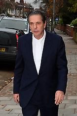 NOV 28 2013  Charles Saatchi arrive's at Court