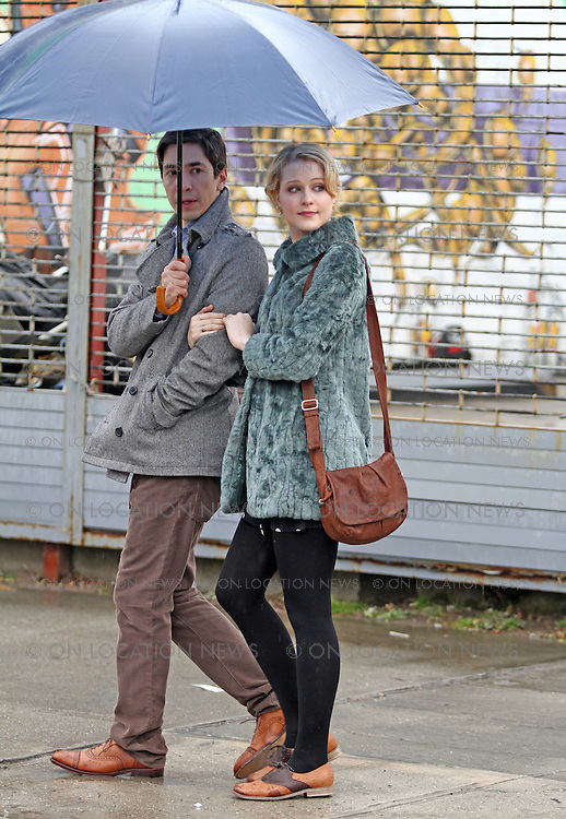 "Justin Long and Evan Rachel Wood on the rainy set of ""A Case of You"" in Brooklyn, New York. February 16th 2012 Non Exclusive. Photo Sales Contact: Eric Ford/ On Location News 1/818-613-3955 info@onlocationnews.co"