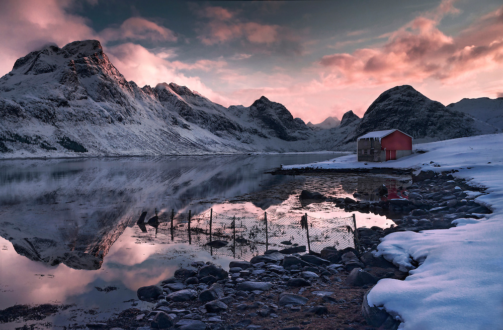 Lofoten, Norway, fjord, sunset, winter, photography, mountains, max rive, fishermans cabin