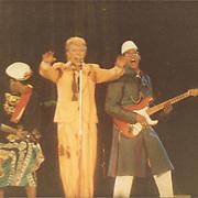 David Bowie, Carmine Rojas & Carlos Alomar performing live in 1983.