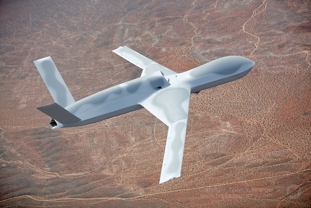 predator drone engine with I0000nlbu1irughs on Hellfire furthermore Military Drones Types further Mq 9 Reaper besides General Atomics MQ 9 Reaper also Giant Mq 4c Triton Surveillance Drone Flies Across The United States.