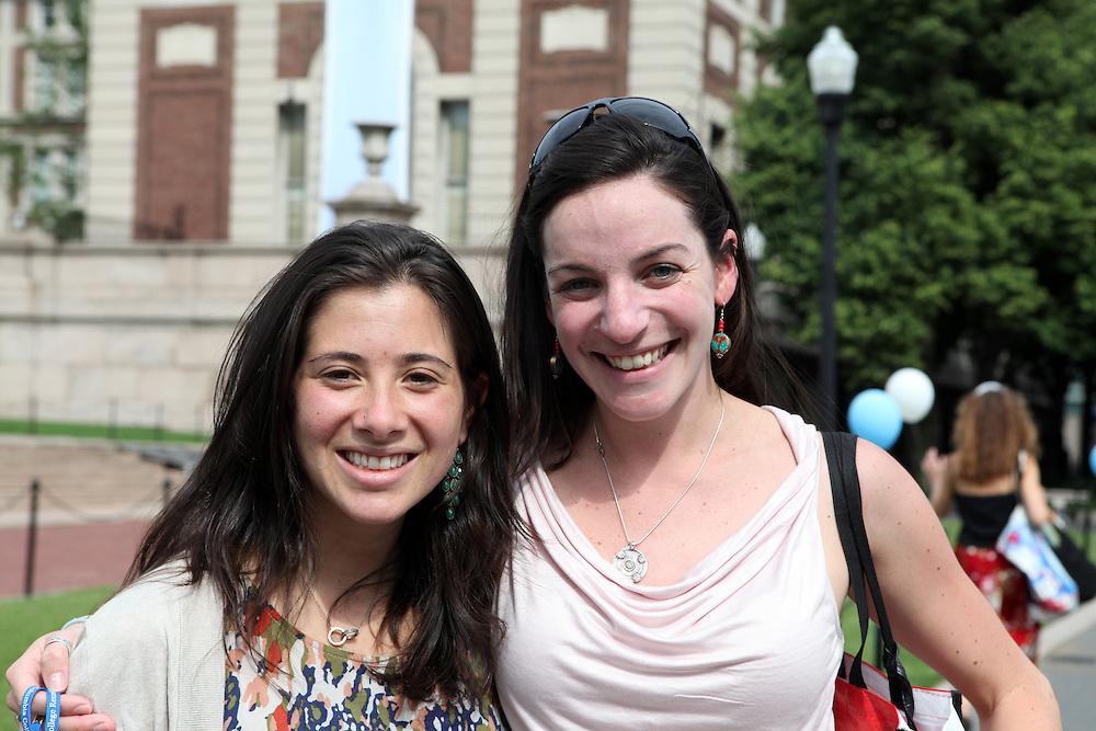 Kate Cederbaum '06 (right).Sydney Spector '06