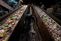 03 JAN 2012, BERLIN/GERMANY:<br /> Sortieranlage fuer Anfall / Wertstoffe aus der Gelben Tonne, Alba Recycling GmbH, Berlin-Mahlsdorf<br /> IMAGE: 20120103-01-013<br /> KEYWORDS: Wertstoffe, Recycling, Alba Group, Urban Mining, Gelber Sack, Gruener Punkt, Gr&uuml;ner Punkt, Duales System, Muell. M&uuml;ll. Verwertung