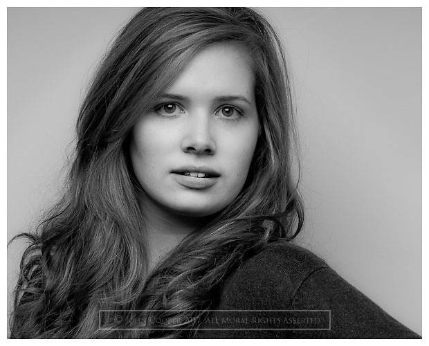 Headshot of actress Rowan King