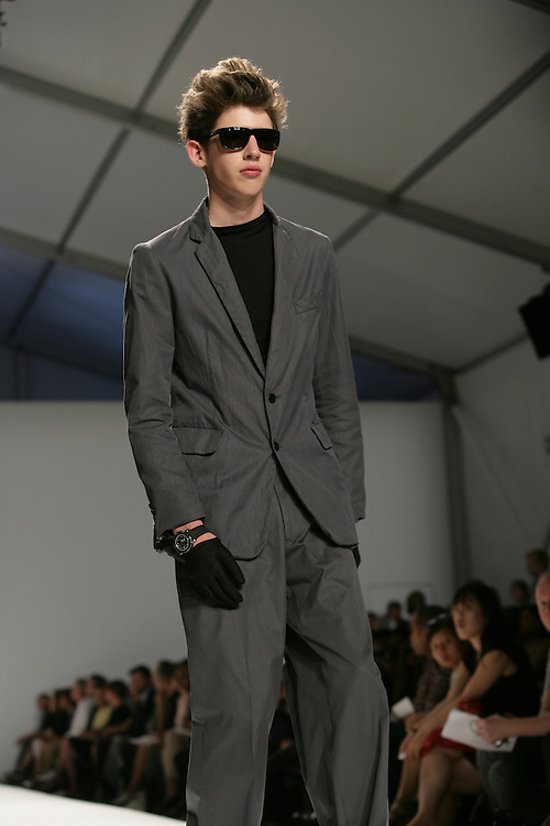 Duckie Brown<br /> Spring/Summer 2009 Collection<br /> Mercedes-Benz Fashion Week Sept, 2008<br /> New York, Bryant Park, NY