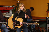 2/5/2003 - Jennifer Hanson Showcase