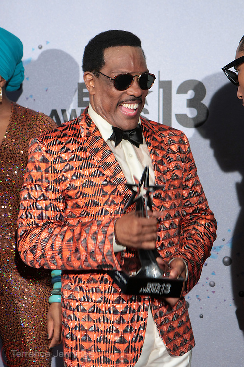 Los Angeles, CA-June 30:  Recording Artist Charlie Wilson backstage the 2013 BET Awards Winners's Room Inside held at LA Live on June 30, 2013 in Los Angeles, CA.©Terrence Jennings/Retna, Ltd