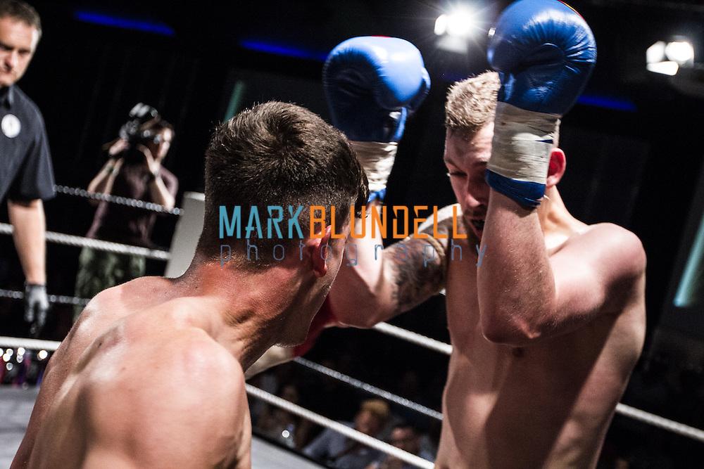 Andy MacKay vs. Dylan van Oortmerson