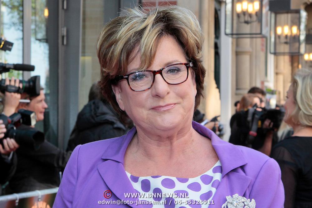 """NLD/Amsterdam/20110925 - Premiere Andre van Duin's show """"Ja hoor ... Daar is hij weer, Catherine Keyl"""