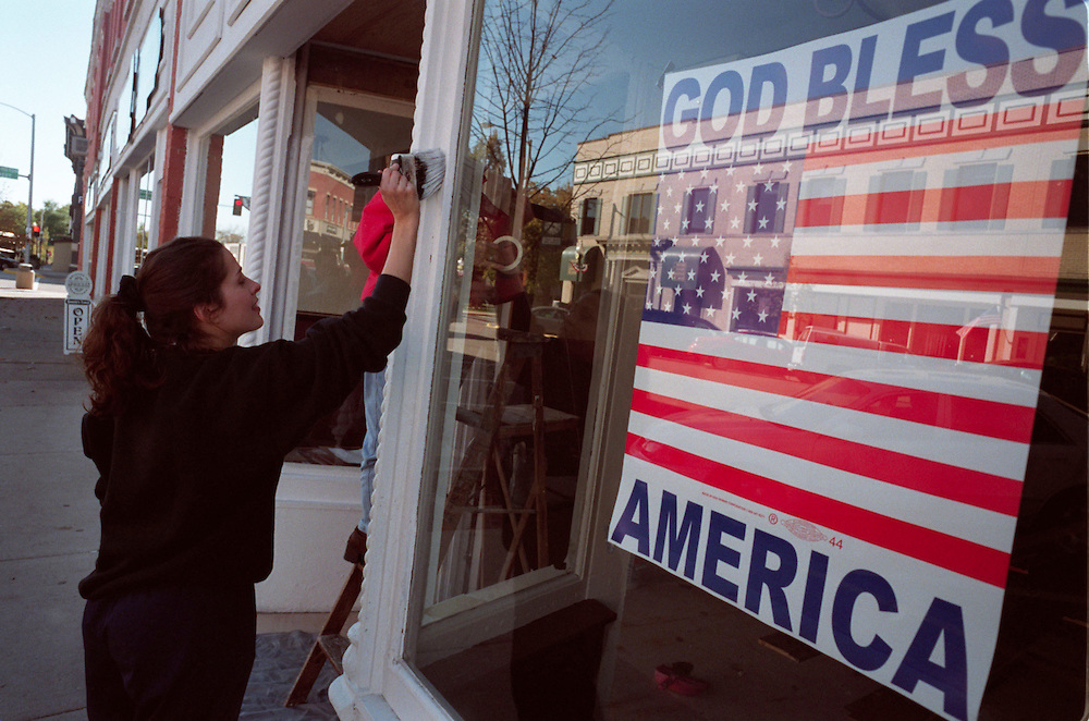 Ten years ago, in the fall of 2003 I spent a week in the 'Heartland' of the USA recording the public reaction to new war in Iraq and Afghanistan.<br /> Billboards on highways and homemade personal signs by local businesses became my theme.