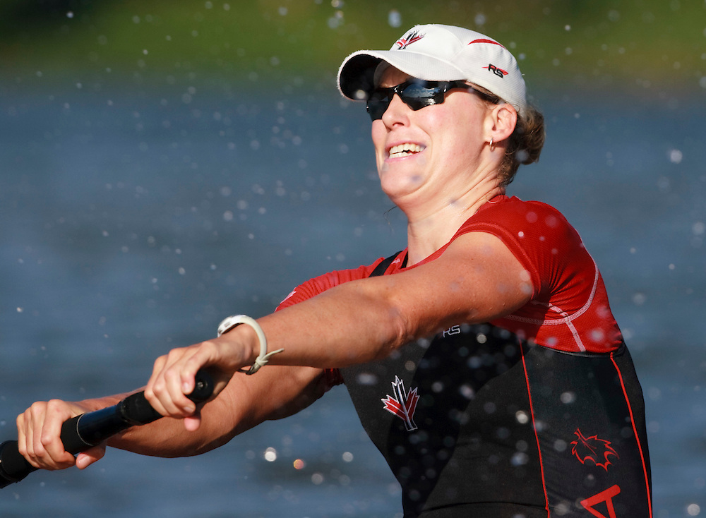 London, Ontario ---11-08-10--- The women's 8 rowing team<br /> GEOFF ROBINS The Globe and Mail