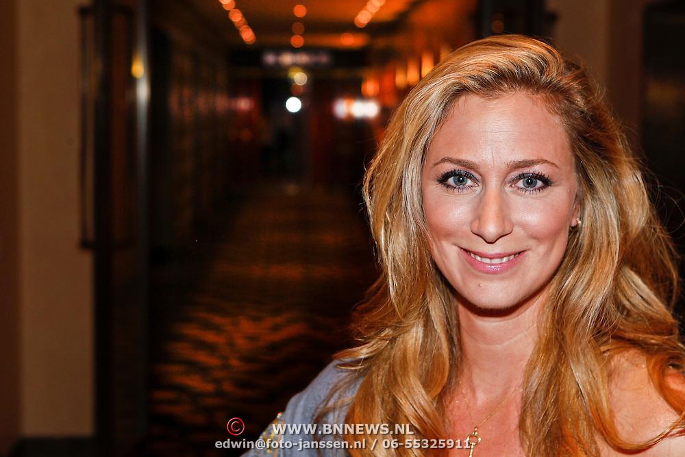 NLD/Amsterdam/20100911 - Modeshow Mart Visser najaar 2010, Fabienne de Vries