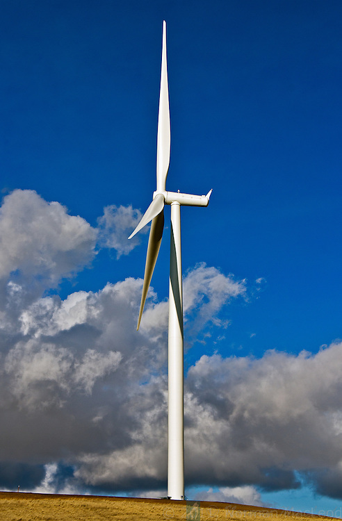 Wind turbine at Puget Sound Energy's Lower Snake River Wind Project site in Garfiled County, Washington.  There was a steady wind blowing, but all of the turbines were shut down.