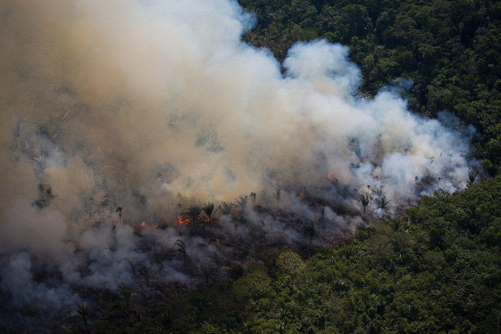 Para State, Brazil. August 27th 2007. Flight from Itaituba to Alta Floresta (Brazilian Amazon). Most of Brazil's greenhouse gas emissions result from deforestation, with the majority comng from the clearing and burning of the Amazon rainforests.