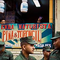 VENEZUELAN POLITICS / POL&Iacute;TICA VENEZOLANA<br /> Photography by Aaron Sosa<br /> Caracas - Venezuela 2005. <br /> (Copyright &copy; Aaron Sosa)