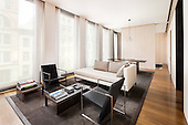 40 Bond St: Private Residence